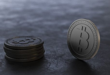 People afraid of Bitcoin